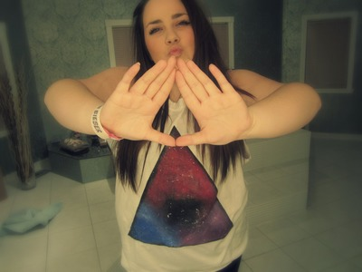 △ D.I.Y - to infinity and beyond , triangle galaxique , t-shirt. camisole △