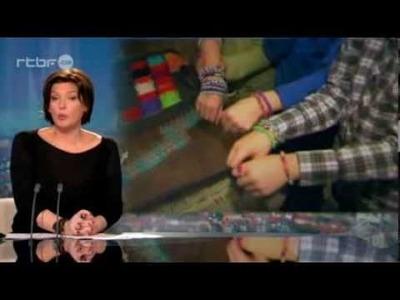 Le Rainbow Loom, un nouveau jeu tendance du 26 décembre 2013, info   RTBF Vidéo