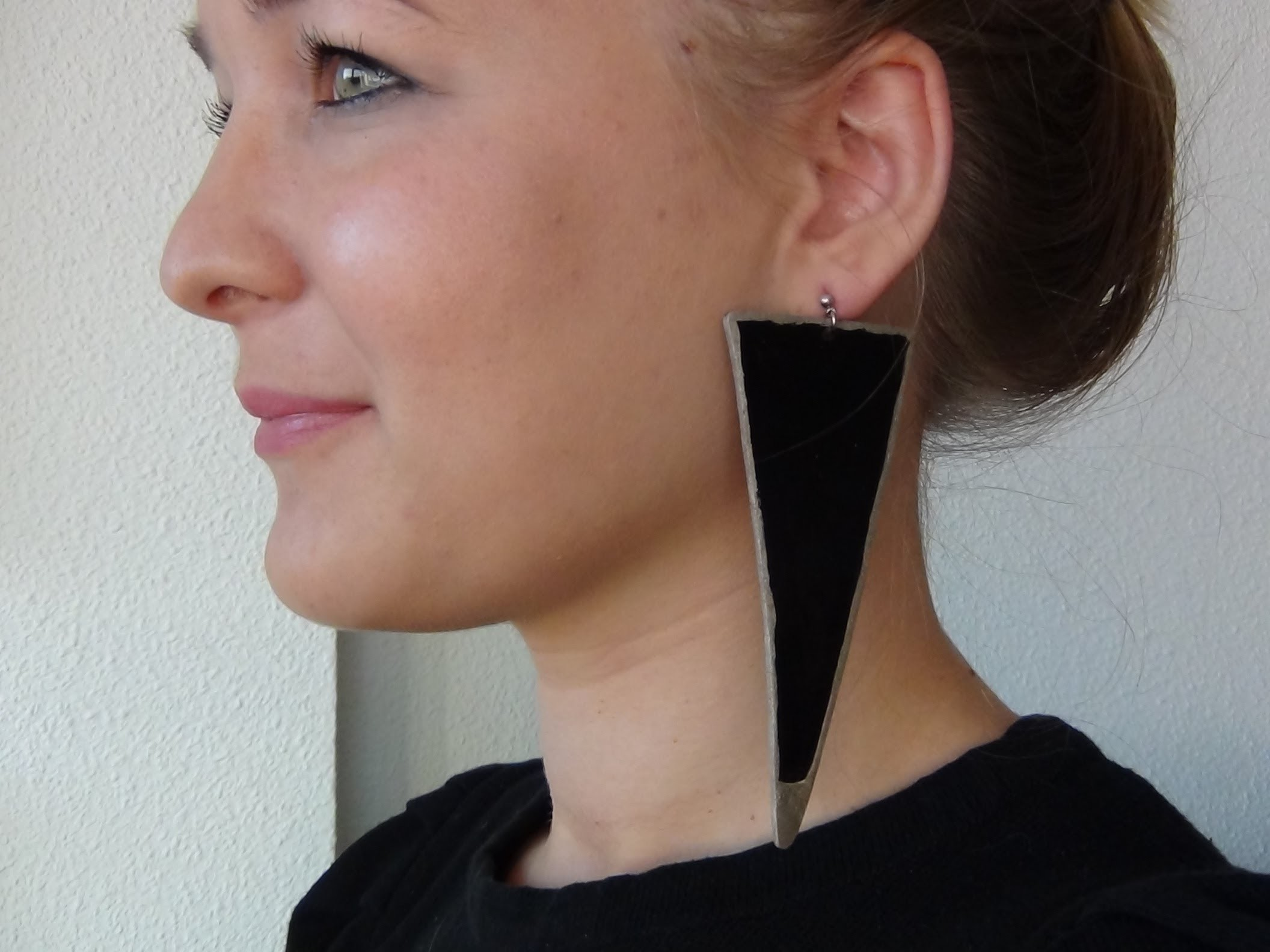 Tutoriel : Boucles d'oreilles en plastique dingue !