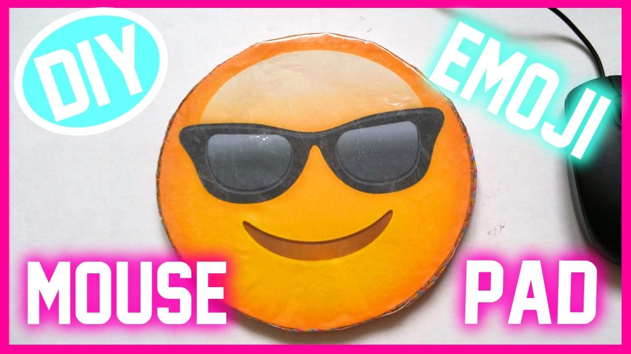 DIY Emoji Mousepad - Flocoquelicot