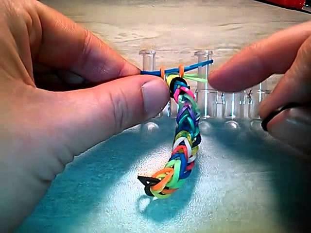 Tuto pour les ptits loup bracelet simple en élastique rainbow loom (fr)
