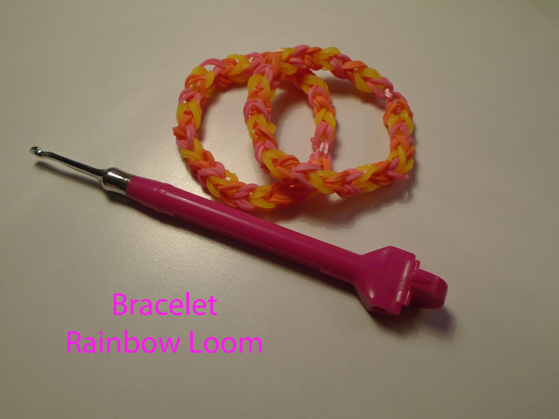 Rainbow Loom Bracelet basic à 2 élastiques