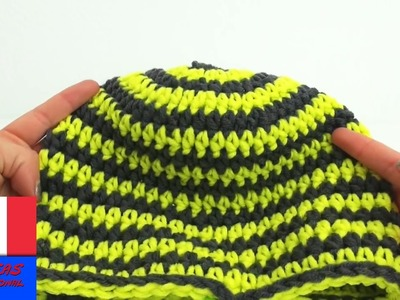 Crocheter soi-même un bonnet d'hiver en laine. 51-55 cm. vert-gris