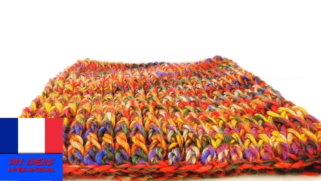 Crocheter soi-même une écharpe-tube. Crochet facile DIY. Echarpe chaude pour l'hiver
