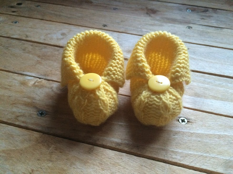 Tuto tricot : Chaussons bébé très facile. Baby booties easy knitting