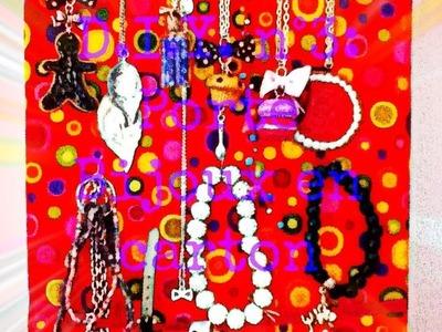 D.I.Y. n°3: Porte bijoux en carton pour colliers et barcelets