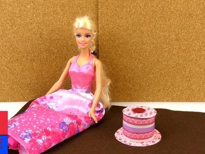 Faire soi-même un gâteau pour Barbie. DIY jouets et accessoires. Tarte et gâteau en papier