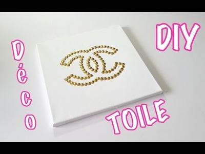 DIY Déco cadre logo Chanel avec des punaises