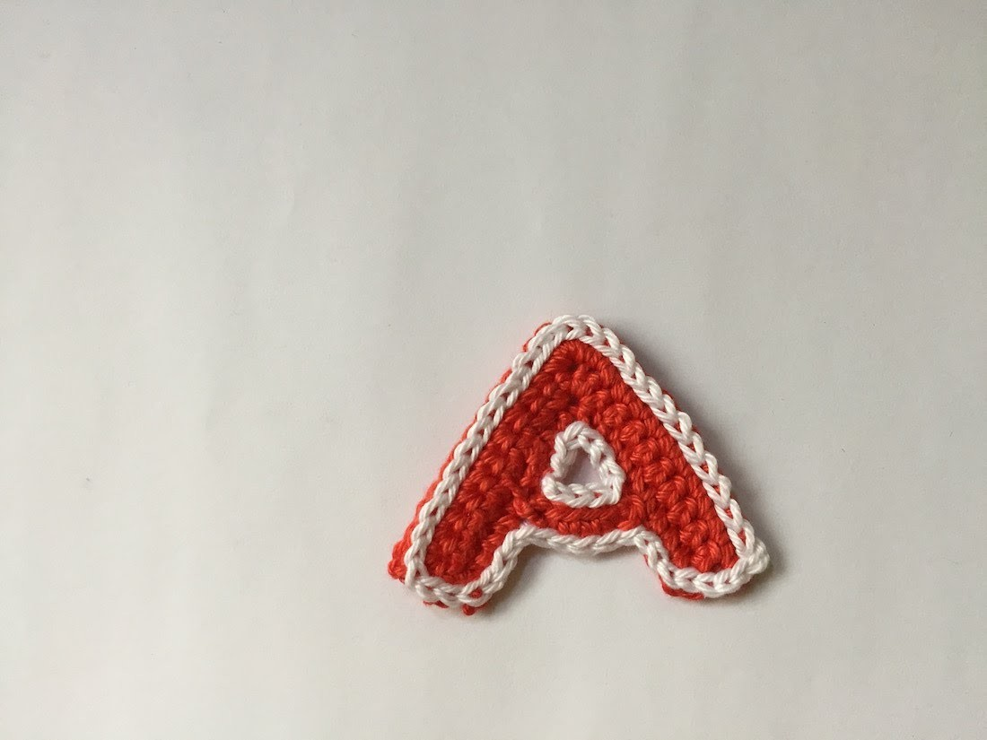 Tuto lettre A au crochet spécial gaucher