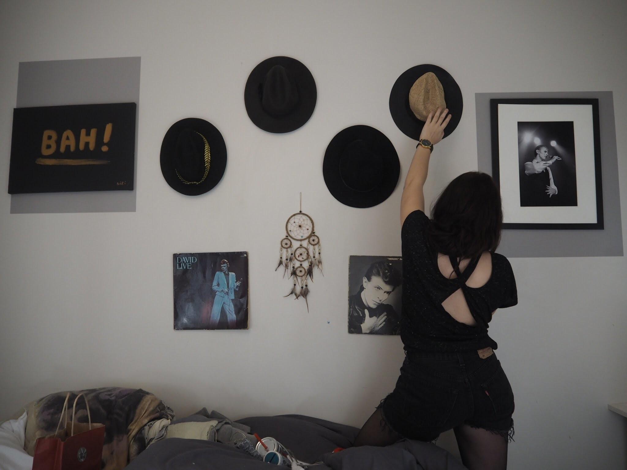 diy 3 astuces faciles et pas ch res pour relooker sa chambre. Black Bedroom Furniture Sets. Home Design Ideas