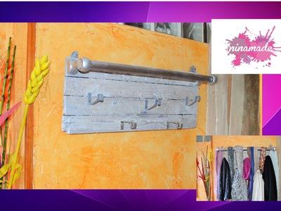 DIY. Porte - manteau recyclé.  Door recycled coat.