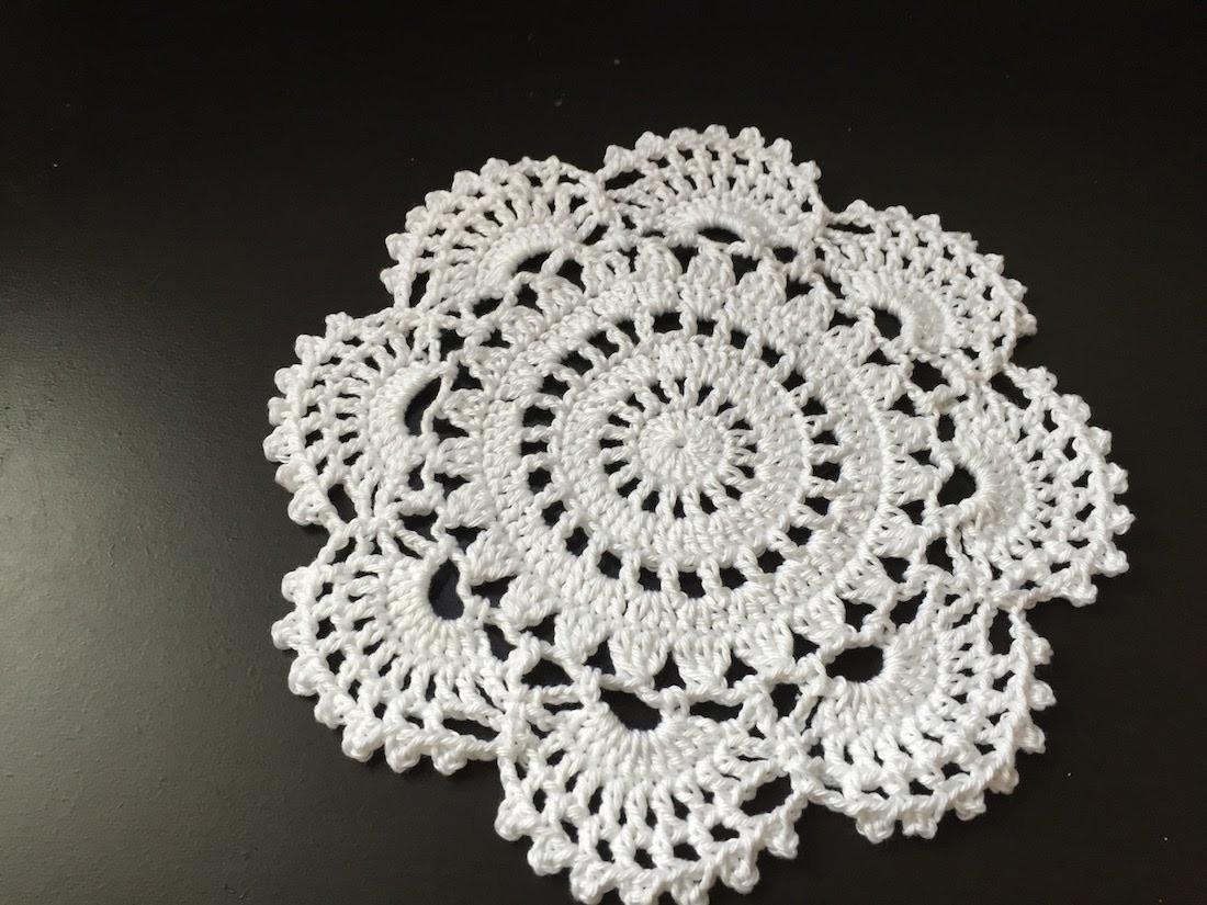 Tuto napperon au crochet - Tuto pour creer un sac en crochet ...