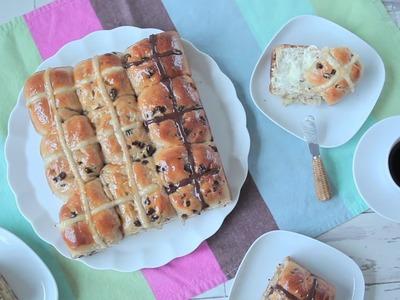 Hot cross buns (brioches de Pâques australiennes)