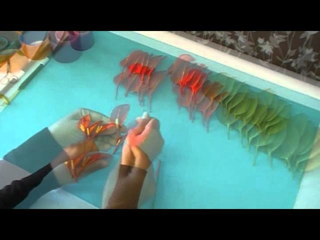 Fabrication d'un Poinsettia en collant. Nylon Poinsettia