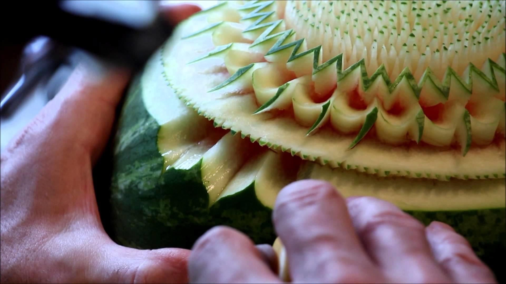 A la rencontre de.  Frédéric Jaunault, designer sculpteur sur fruits et légumes MOF
