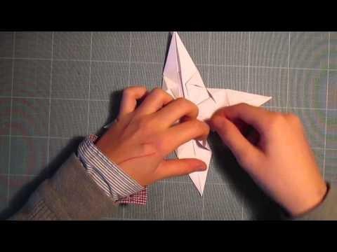 toile de no l en papier origami. Black Bedroom Furniture Sets. Home Design Ideas