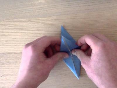 Faire une étoile en papier. Réaliser une étoile à 4 branches en origami
