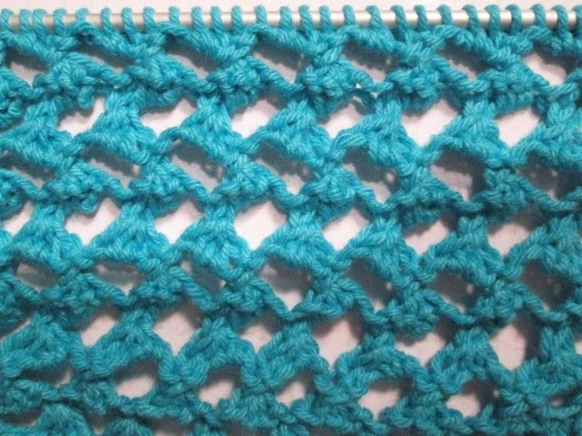tuto tricot apprendre a tricoter le point ajoure oeil de. Black Bedroom Furniture Sets. Home Design Ideas