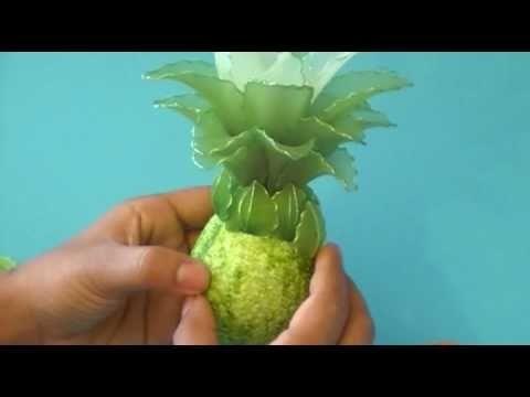 Fabrication d'un ananas en collant. Nylon Ananas