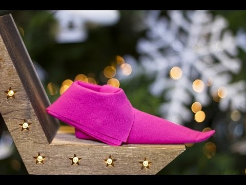 DIY Noël - Pliage de serviette en forme de chausson de Lutin