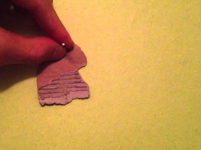 Enfoncer un clou sans abîmer le papier peint - Astuce bricolage