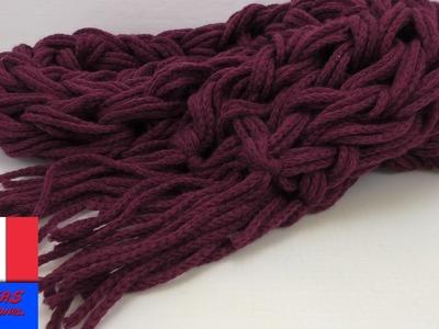 Ajouter des franges à votre écharpe - Echarpe nouée à la main avec franges en laine