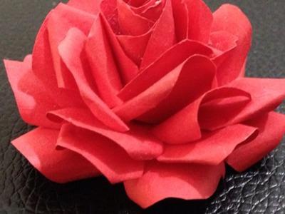 Faire des roses en papier - DIY Arts créatifs - Guidecentral