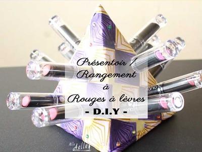 ✰ DIY rangement - Pyramide à rouges à lèvres ✰