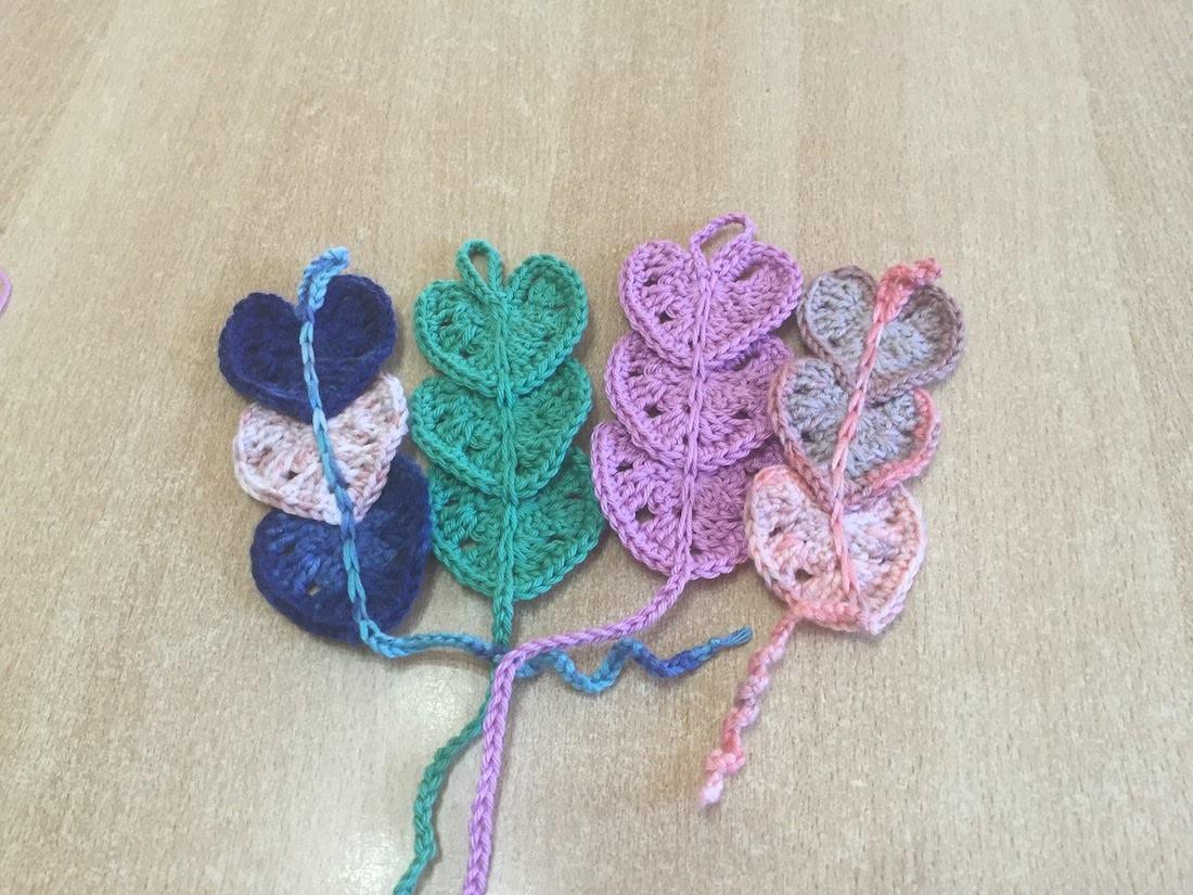 Tuto marque page coeur au crochet - Tuto pour creer un sac en crochet ...
