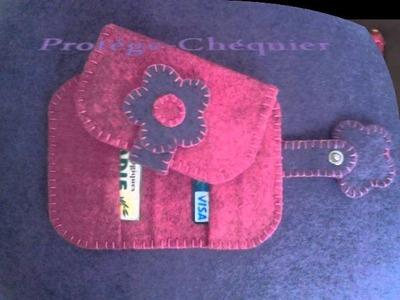 Accessoires de Sac à Main en Feutrine : Porte-monnaie, Range-Cartes, Etui à Téléphone Portable, . -