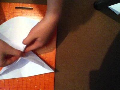 Faire une bombe à eau - bricolage de papier