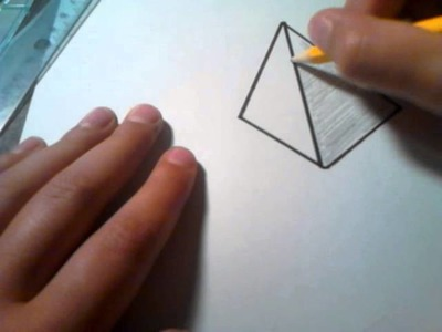 Comment dessiner une pyramide 3d