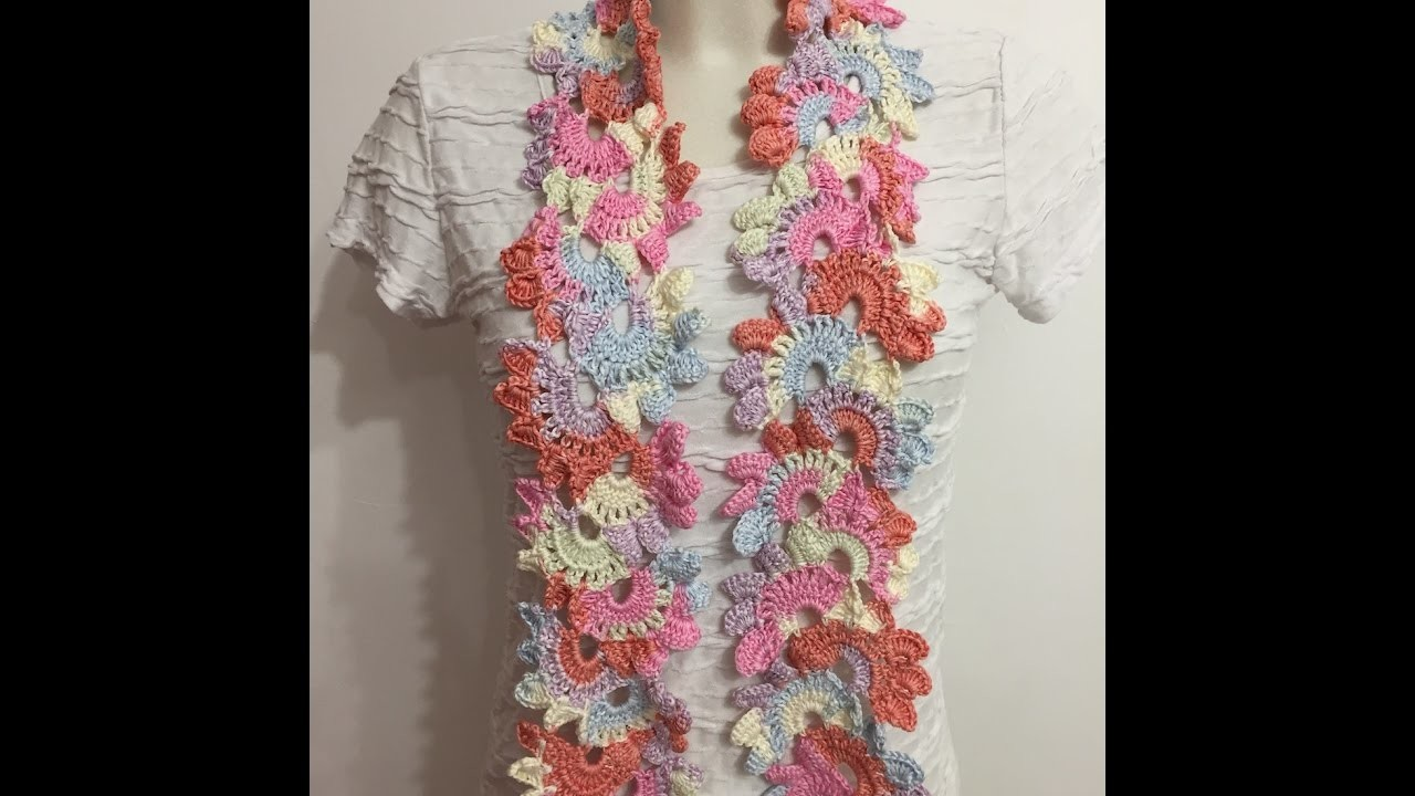1c9ad2718034 Tuto écharpe fleurie au crochet