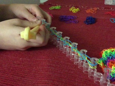 Tutorial Bracelet multicolor en Rainbow Looms par Lysa