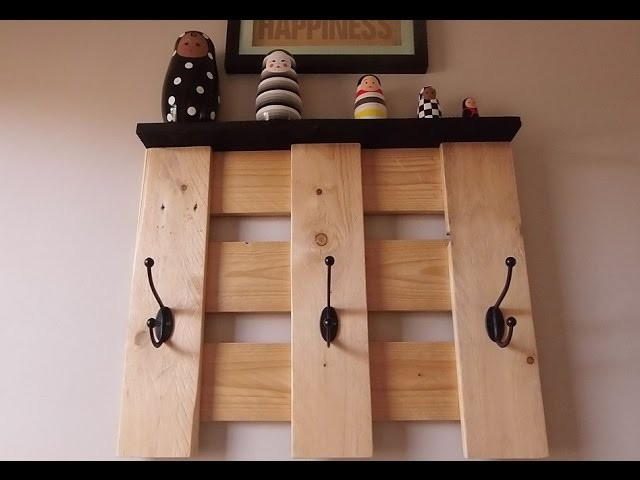 papier diy porte manteau mural en bois diy porte. Black Bedroom Furniture Sets. Home Design Ideas