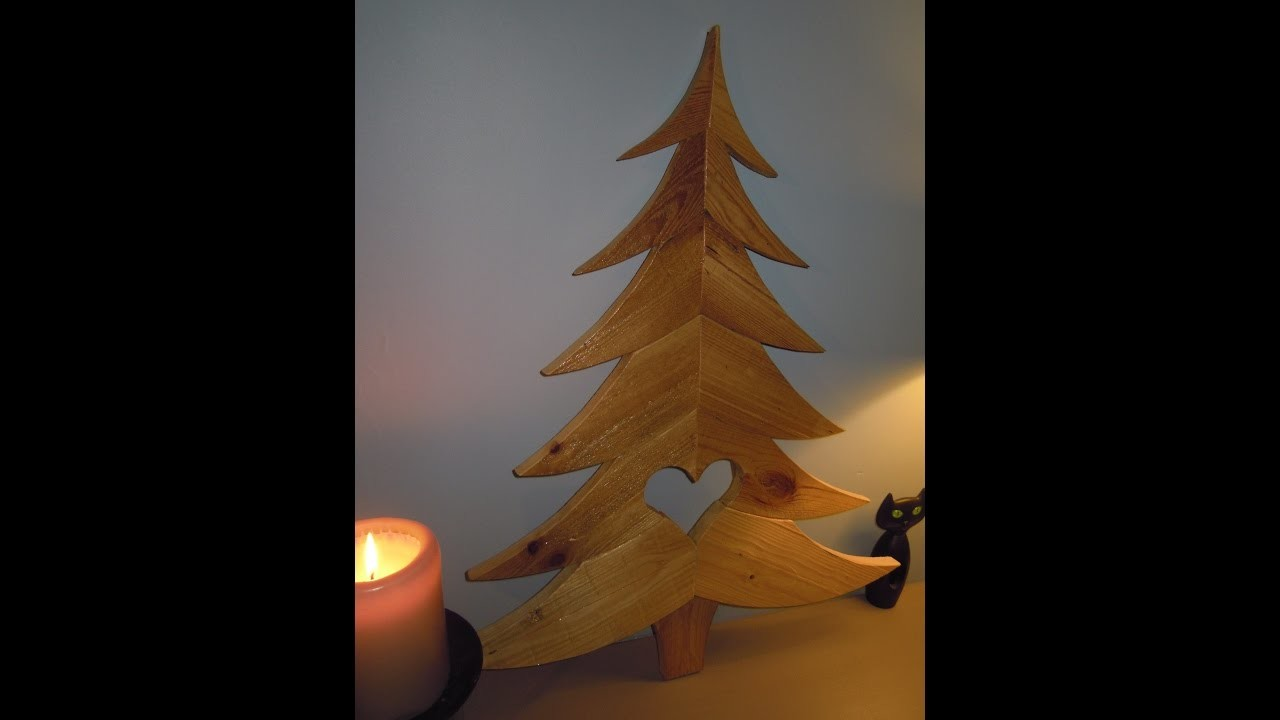 fabriquer un sapin de no l how to make a christmas tree. Black Bedroom Furniture Sets. Home Design Ideas