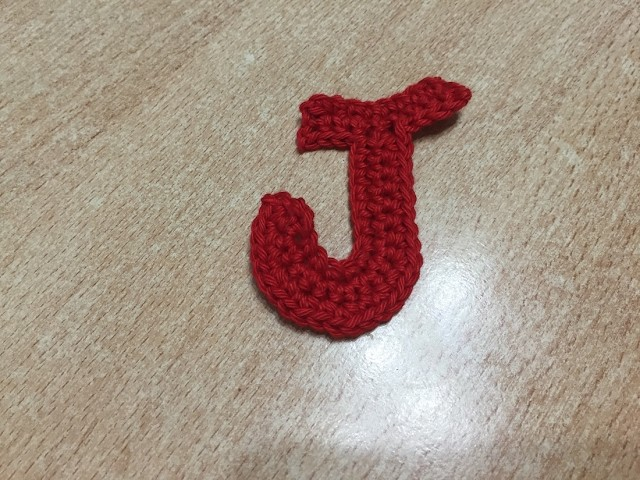 Tuto lettre J au crochet spécial  gaucher